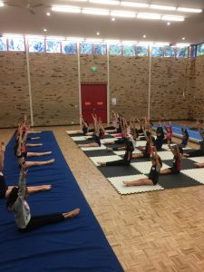 Dancing with Maree 2017 workshop students stretching